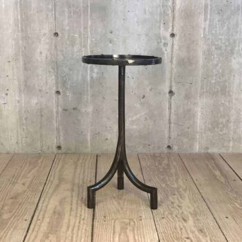 23 Drink Table With Curved Pedestal Base